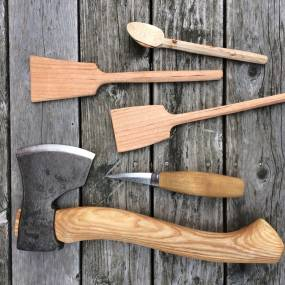 Angela Robins, Axe and Knife Skills for Women: Carving Spoons and Spatulas, Woodworking